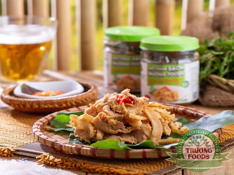 Thịt chua Phú Thọ được biết đến là đặc sản của người Mường vùng Xuân Sơn, Thanh Sơn, Phú Thọ