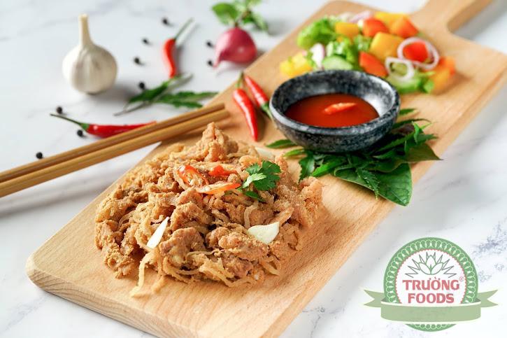 Hướng dẫn mua thịt chua chính hãng tại Hà Nội