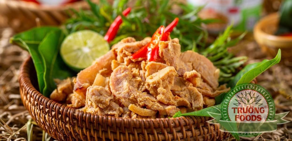 Thịt chua được biết đến là một món ăn đặc sản vùng đất tổ