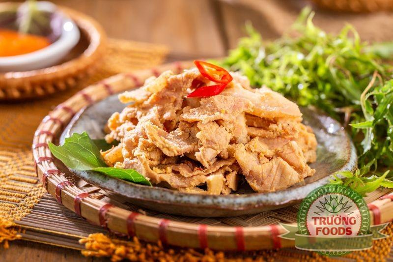 Thịt chua món ăn hấp dẫn nhiều thực khách
