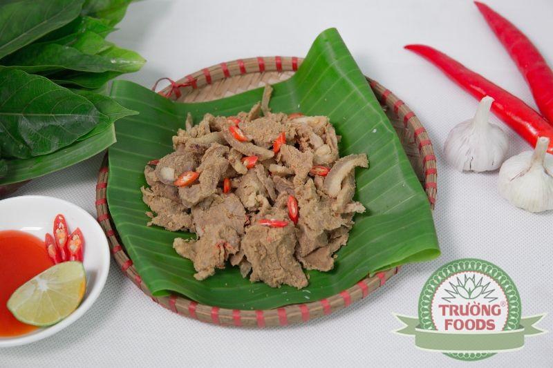 Thịt chua là một món ăn truyền thống của người Mường ở huyện Thanh Sơn tỉnh Phú Thọ