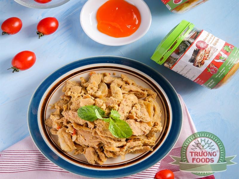 Đặc sản thịt chua Thanh Sơn – Món ăn mang hương vị của núi rừng